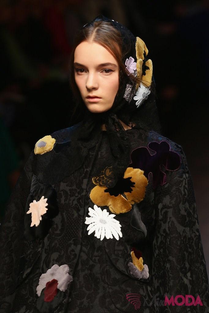 Dolce-Gabbana-sonbahar-2014-Hair-Makeup-Runway-Pictures-7