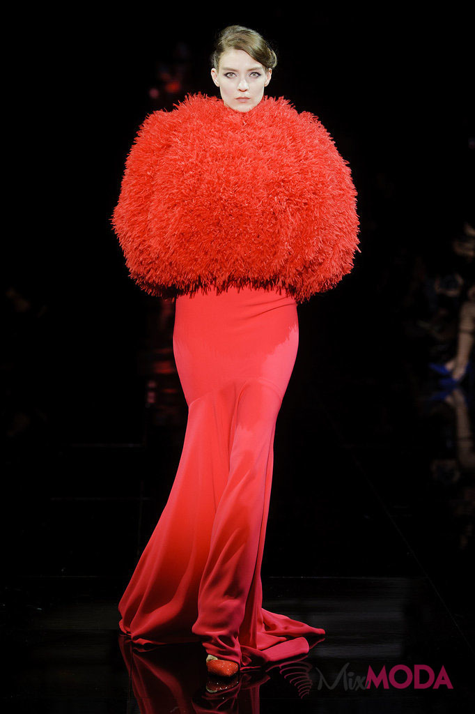 Giorgio-Armani-Prive-Haute-Couture-Fall-2014-51
