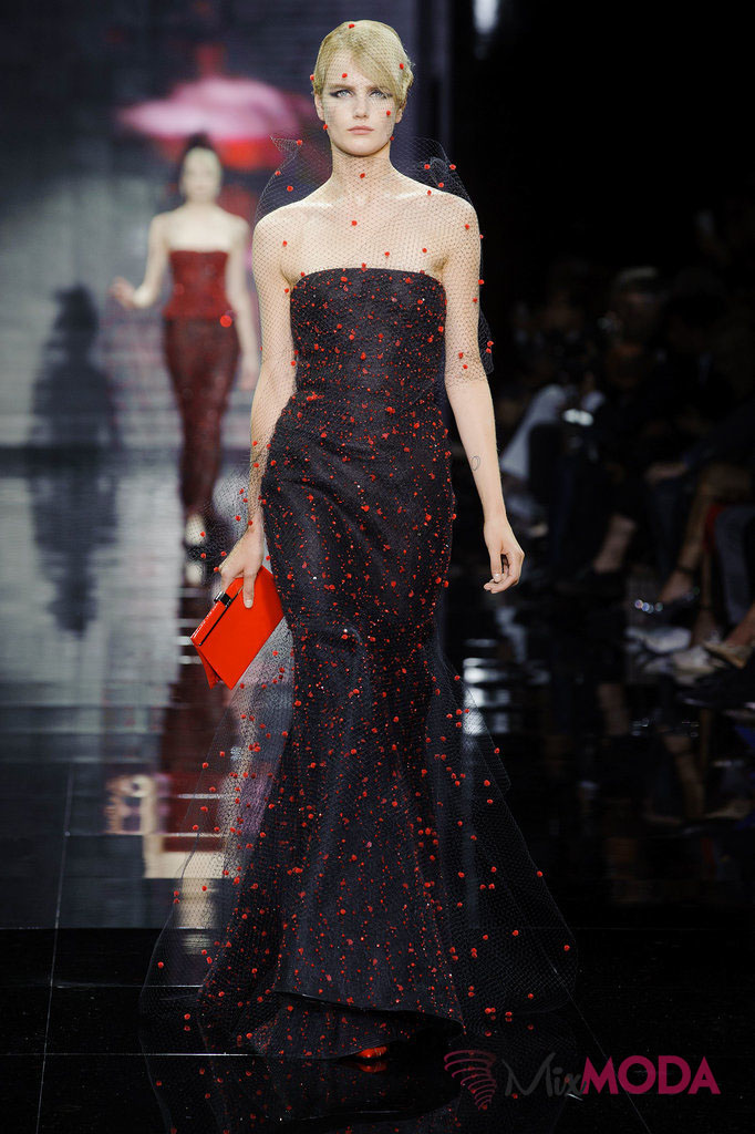 Giorgio-Armani-Prive-Haute-Couture-Fall-2014-68