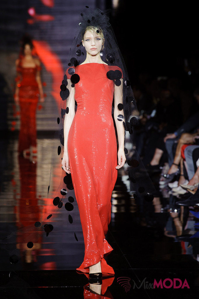 Giorgio-Armani-Prive-Haute-Couture-Fall-2014-70