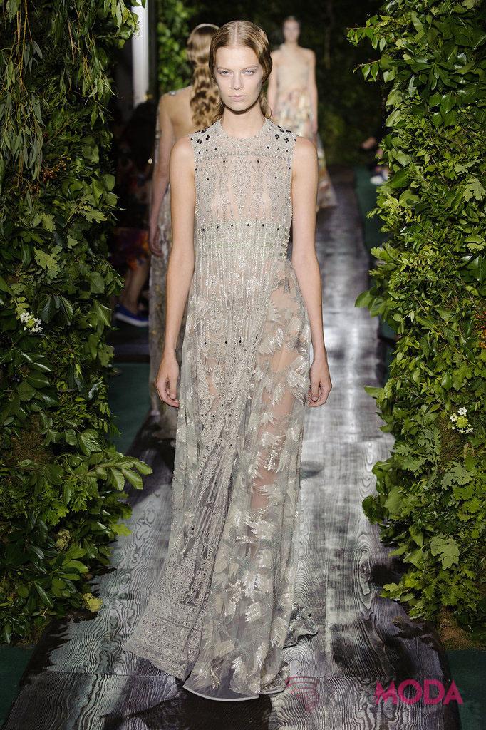 Valentino-Haute-Couture-Fall-2014-1